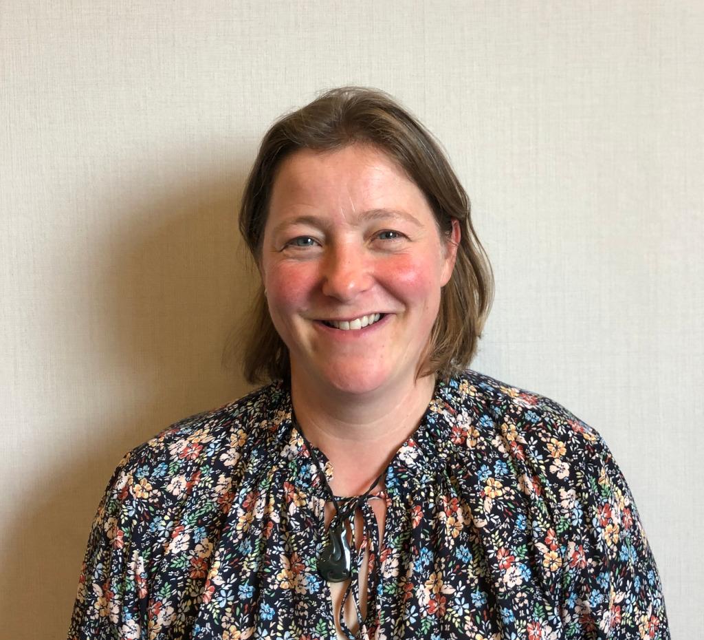 Dr Alison Oldam